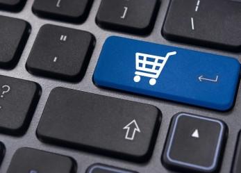 6 Hal Yang Membuat Banyak Orang Tertarik Bisnis E-Commerce